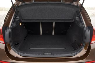 fiche technique bmw x1 i e84 xdrive18d premi re 2012. Black Bedroom Furniture Sets. Home Design Ideas
