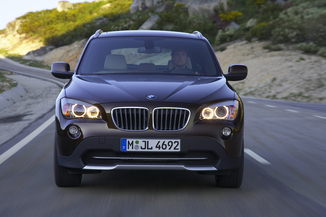 fiche technique bmw x1 i e84 xdrive20da 177ch luxe l 39. Black Bedroom Furniture Sets. Home Design Ideas