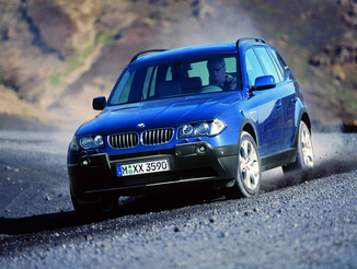 fiche technique bmw x3 i e83 218ch luxe l 39. Black Bedroom Furniture Sets. Home Design Ideas