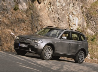 fiche technique bmw x3 i e83 150ch confort l 39. Black Bedroom Furniture Sets. Home Design Ideas