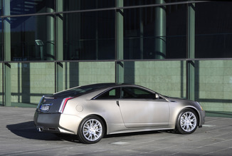 fiche technique cadillac cts coupe i 6 2 v8 cts v 2014. Black Bedroom Furniture Sets. Home Design Ideas