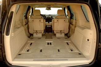 Fiche technique cadillac escalade iii 6 2 v8 sport luxury for Escalade interieur