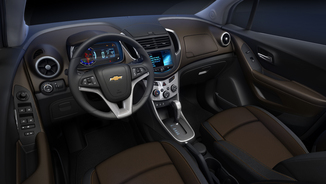 fiche technique chevrolet trax 1 4t 140 lt auto l 39. Black Bedroom Furniture Sets. Home Design Ideas