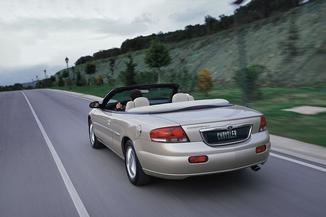 fiche technique chrysler sebring cabriolet i 2 7 v6 limited ba 2002. Black Bedroom Furniture Sets. Home Design Ideas