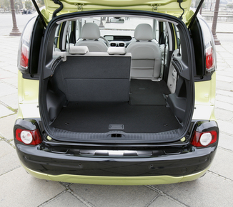 fiche technique citroen c3 picasso i 1 6 hdi110 exclusive bvm6 2012. Black Bedroom Furniture Sets. Home Design Ideas