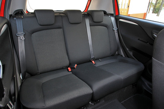 fiche technique fiat punto iii 1 2 8v 69ch steel 5p l 39. Black Bedroom Furniture Sets. Home Design Ideas