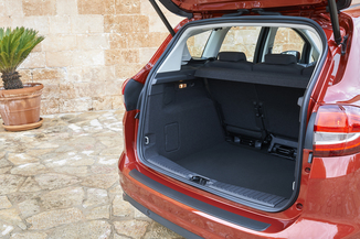fiche technique ford c max ii 1 5 tdci 105ch econetic stop start business nav l 39. Black Bedroom Furniture Sets. Home Design Ideas