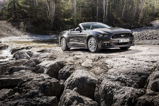 FORD Mustang Convertible GT 5.0 V8 418