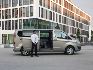 fiche technique ford transit custom kombi 310 l1h1 2 0. Black Bedroom Furniture Sets. Home Design Ideas