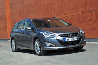 HYUNDAI i40 SW 1.7 CRDi115 PACK Business Blue Drive