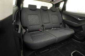 fiche technique hyundai ix20 1 6 crdi 115 blue drive intuitive l 39. Black Bedroom Furniture Sets. Home Design Ideas