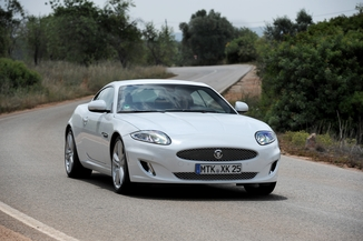JAGUAR XK Coupé 5.0 V8 R-S