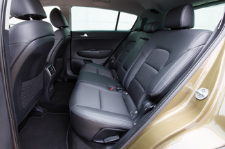 fiche technique kia sportage iv 1 7 crdi 115ch isg premium business 4x2 l 39. Black Bedroom Furniture Sets. Home Design Ideas