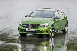 MERCEDES-BENZ Classe A 45 AMG Yellow Night Edition 4Matic SPEEDSHIFT-DCT