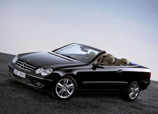fiche technique mercedes benz classe clk cabriolet ii 500 v8 avantgarde 7gtro l 39. Black Bedroom Furniture Sets. Home Design Ideas