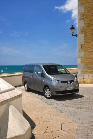 fiche technique nissan evalia e nv200 flex connect edition. Black Bedroom Furniture Sets. Home Design Ideas