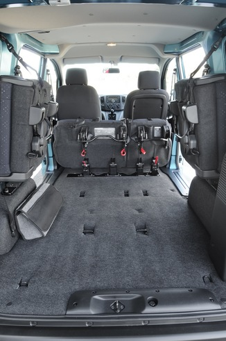 fiche technique nissan nv200 i 110 combi pro 5pl 2014. Black Bedroom Furniture Sets. Home Design Ideas