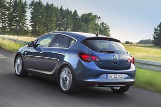 Fiche technique Opel Astra IV 1.4 Turbo 120ch Cosmo Start ...