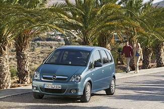 fiche technique opel meriva i 1 7 cdti cosmo 2008. Black Bedroom Furniture Sets. Home Design Ideas