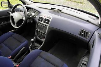 fiche technique peugeot 307 break i 1 6 hdi110 confort pack 2007. Black Bedroom Furniture Sets. Home Design Ideas