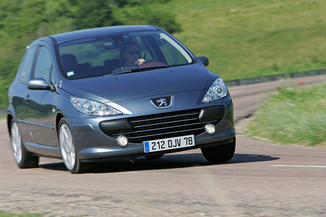 Peugeot 3071.6 HDi110 Griffe 3p (06-2005)