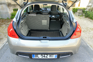 fiche technique peugeot 308 i 1 6 e hdi112 fap active bmp6 5p 2014. Black Bedroom Furniture Sets. Home Design Ideas