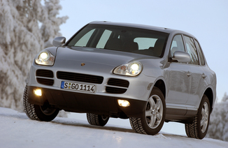 fiche technique porsche cayenne i 955 turbo l 39. Black Bedroom Furniture Sets. Home Design Ideas