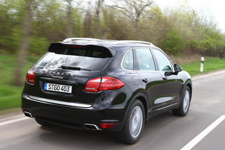 fiche technique porsche cayenne ii 958 diesel platinum edition l 39. Black Bedroom Furniture Sets. Home Design Ideas