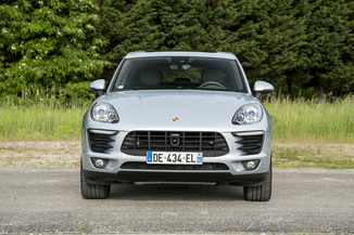 fiche technique porsche macan 3 0 v6 360ch gts l 39. Black Bedroom Furniture Sets. Home Design Ideas