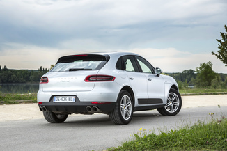 fiche technique porsche macan 3 0 v6 258ch s diesel pdk l 39. Black Bedroom Furniture Sets. Home Design Ideas