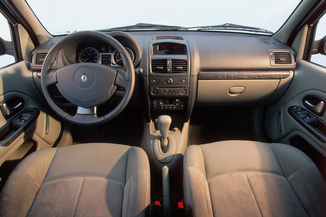 fiche technique renault clio ii 1 2 16v authentique 5p 2002. Black Bedroom Furniture Sets. Home Design Ideas