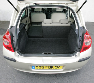 fiche technique renault clio iii 1 5 dci85 luxe privilege 5p 2006. Black Bedroom Furniture Sets. Home Design Ideas