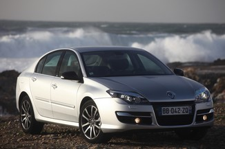 RENAULT Laguna 2.0 dCi 130ch energy Bose Edition eco²