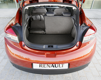 fiche technique renault megane coupe iii d95 1 5 dci 110ch fap dynamique eco euro5 l 39. Black Bedroom Furniture Sets. Home Design Ideas