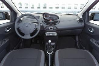 fiche technique renault twingo ii 1 2 lev 16v 75 eco authentique l 39. Black Bedroom Furniture Sets. Home Design Ideas