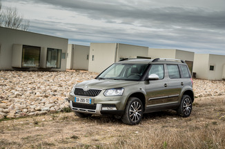 fiche technique skoda yeti 2 0 tdi 150 scr outdoor green tec dsg 4x4 l 39. Black Bedroom Furniture Sets. Home Design Ideas
