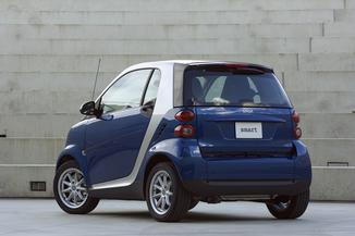 fiche technique smart fortwo coupe ii 71ch mhd passion softouch 2010. Black Bedroom Furniture Sets. Home Design Ideas