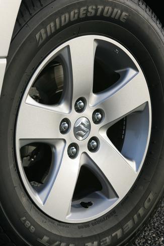 Fiche Technique Suzuki Grand Vitara Ii 1 9 Ddis 5p L