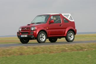 fiche technique suzuki jimny cabriolet 1 3 vvt maori se l 39. Black Bedroom Furniture Sets. Home Design Ideas