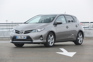 TOYOTA Auris 90 D-4D FAP Business