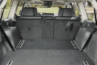 fiche technique toyota land cruiser iv 190 d 4d fap lecap 3p 2011. Black Bedroom Furniture Sets. Home Design Ideas