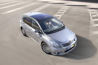 TOYOTA Verso 132 VVT-i SkyView 5 places