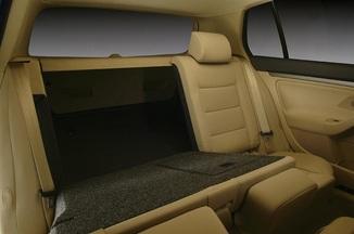 fiche technique volkswagen golf v 1 4 fsi 90ch confort 5p l 39. Black Bedroom Furniture Sets. Home Design Ideas