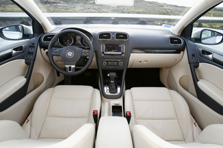 fiche technique volkswagen golf vi 2 0 tdi 140ch bluemotion fap carat 5p l 39. Black Bedroom Furniture Sets. Home Design Ideas