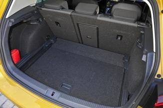fiche technique volkswagen golf vii 1 0 tsi 110ch connect 5p l 39. Black Bedroom Furniture Sets. Home Design Ideas