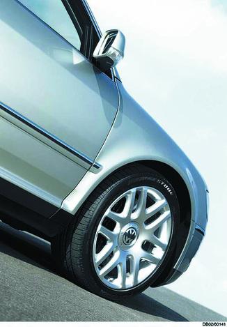 fiche technique volkswagen phaeton 5 0 v10 tdi 313ch 4motion tiptronic limousine 5 places l. Black Bedroom Furniture Sets. Home Design Ideas