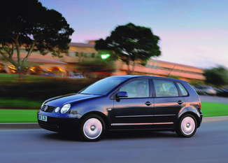 Fiche technique Volkswagen Polo IV 1.2 65