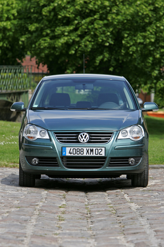 fiche technique volkswagen polo iv 1 4 tdi 70ch united 5p l 39. Black Bedroom Furniture Sets. Home Design Ideas
