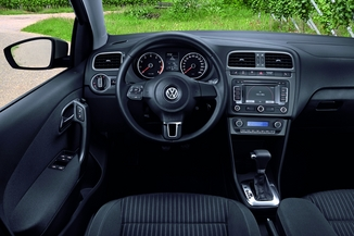 fiche technique volkswagen polo v 1 6 tdi 105ch fap sportline 3p l 39. Black Bedroom Furniture Sets. Home Design Ideas