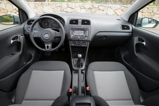 fiche technique volkswagen polo v 1 6 tdi 90ch fap confortline 5p l 39. Black Bedroom Furniture Sets. Home Design Ideas